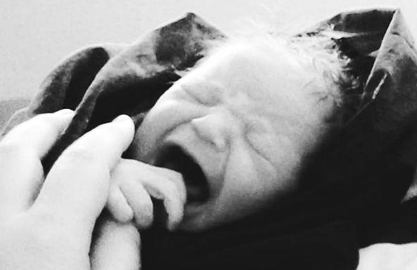 2 anni: appena nata