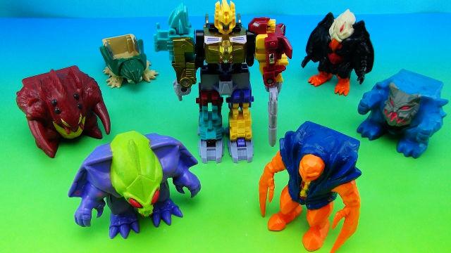 Transformers strani: Monstructor