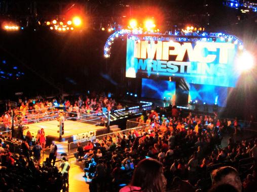 impact wrestling, un'arena gremita di fan