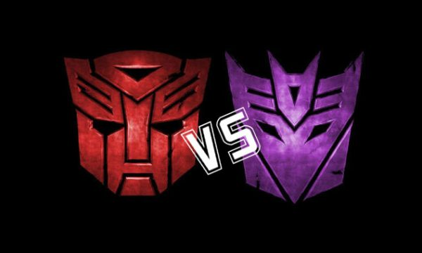 Mini recensioni: Autobot vs Decepticon