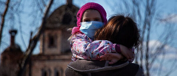 Pandemia: un anno di mascherine e bestemmie